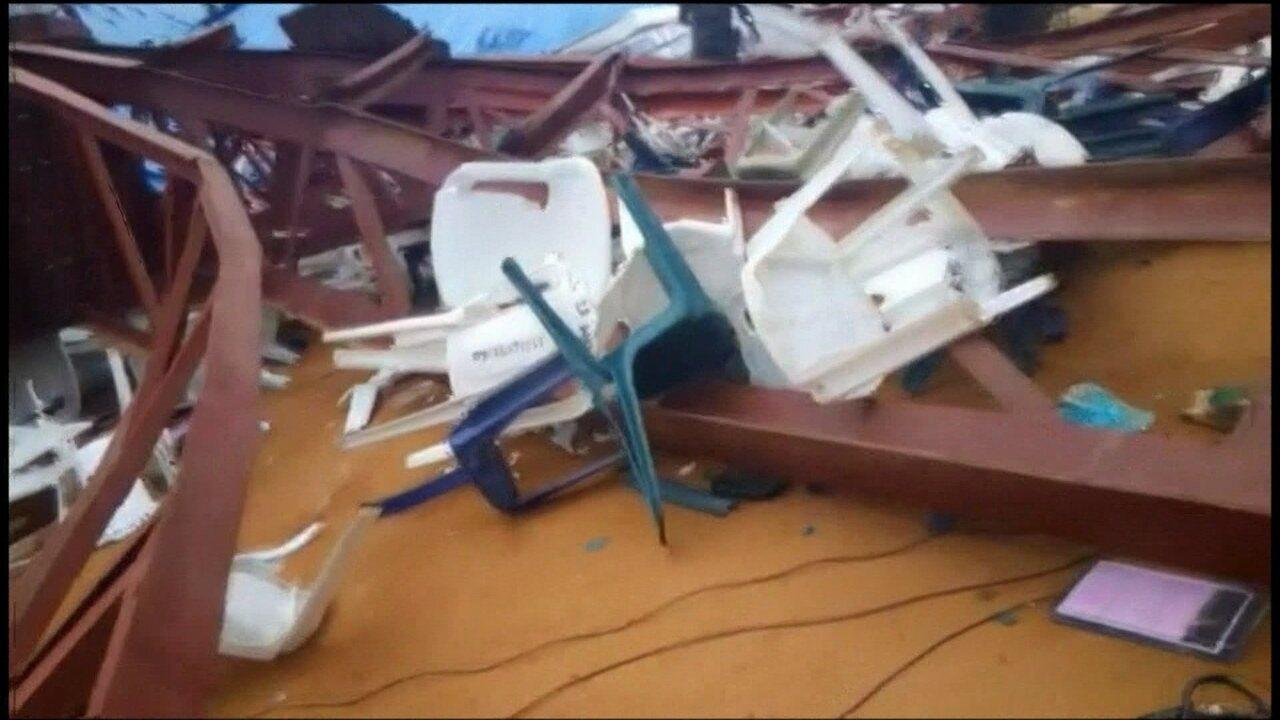 Teto de igreja desaba durante culto na Nigéria e deixa pelo menos 160 mortos