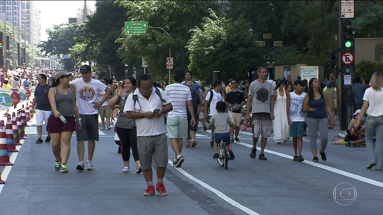 Avenida Paulista é fechada para veículos aos domingos