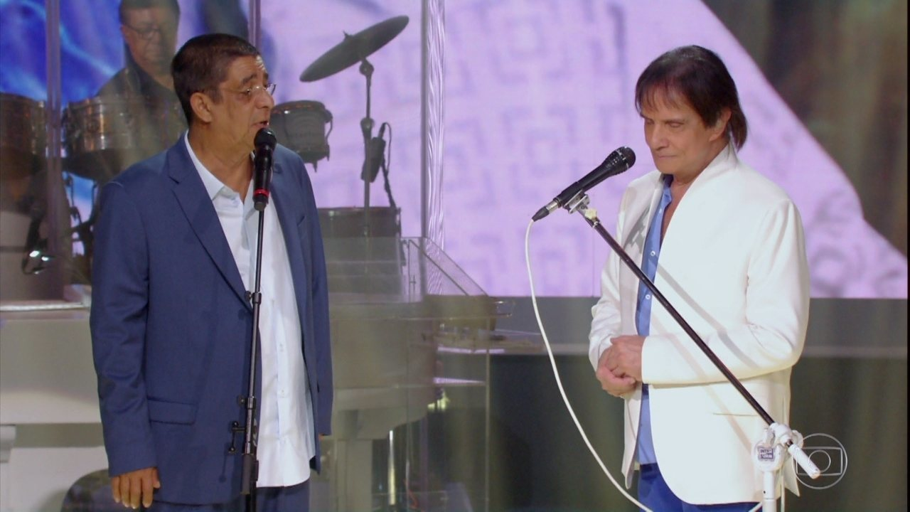 Roberto Carlos canta a música 'Caviar' com Zeca Pagodinho