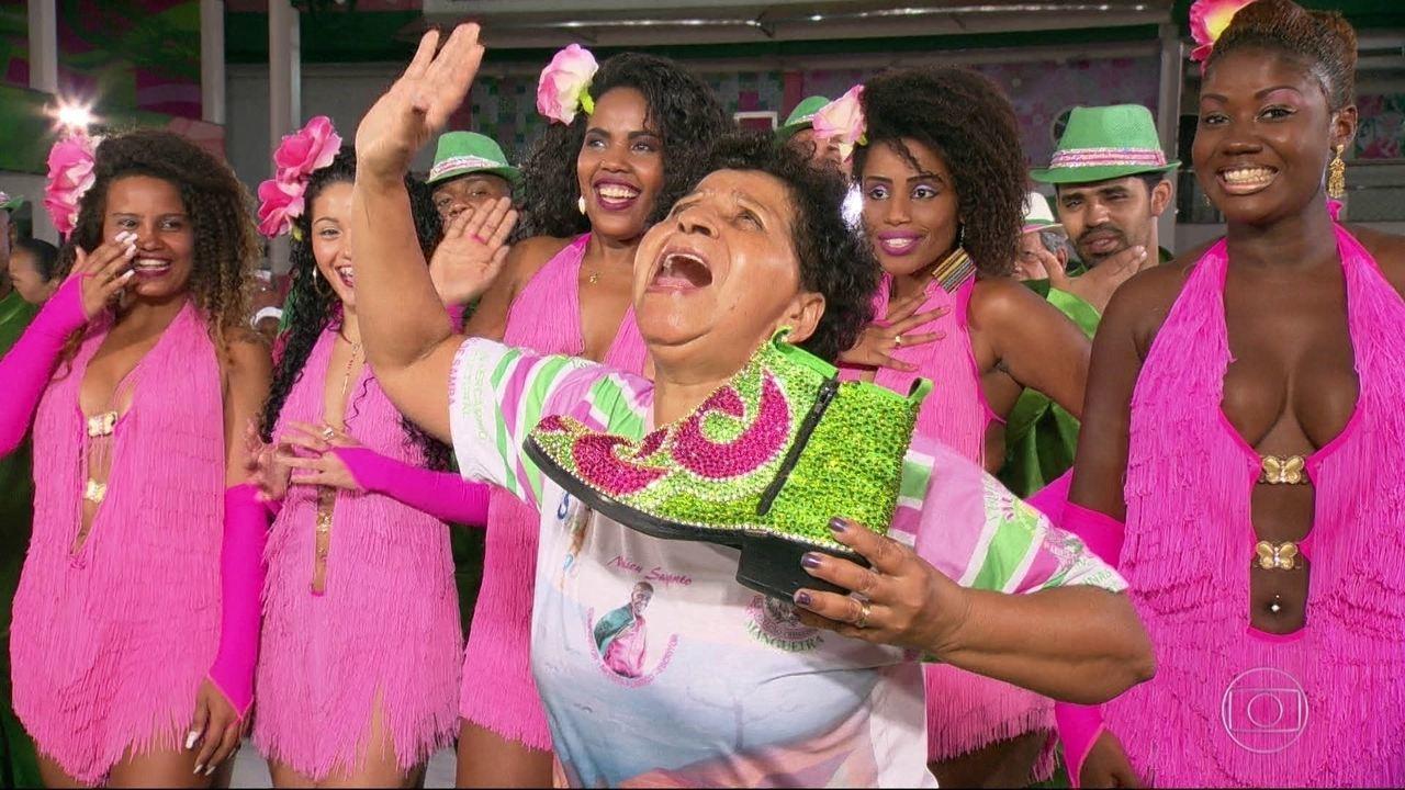 Mangueira vai viajar pelo universo religioso no carnaval 2017