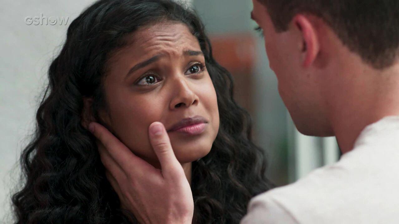 Teaser: 30/12 - Joana confessa a Giovane que esconde uma história séria