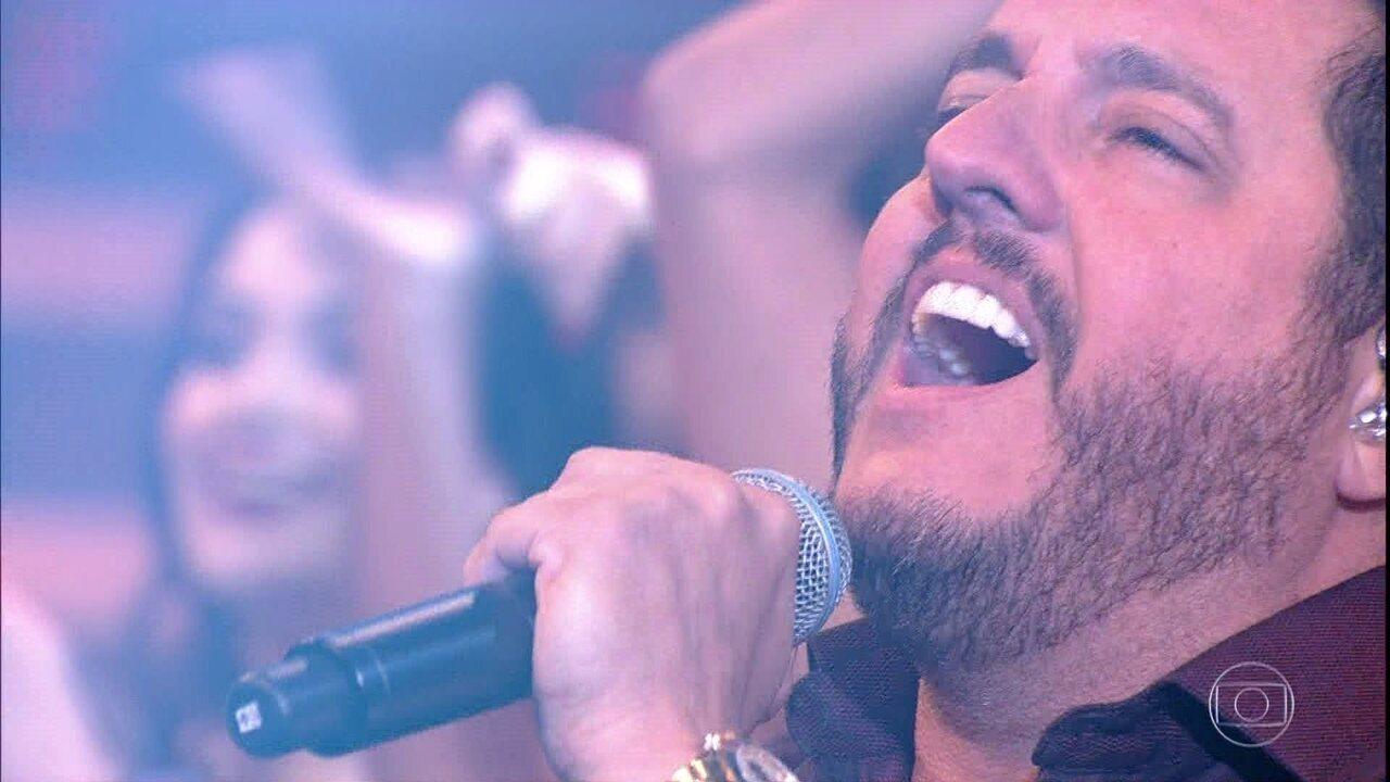 Bruno e Marrone cantam