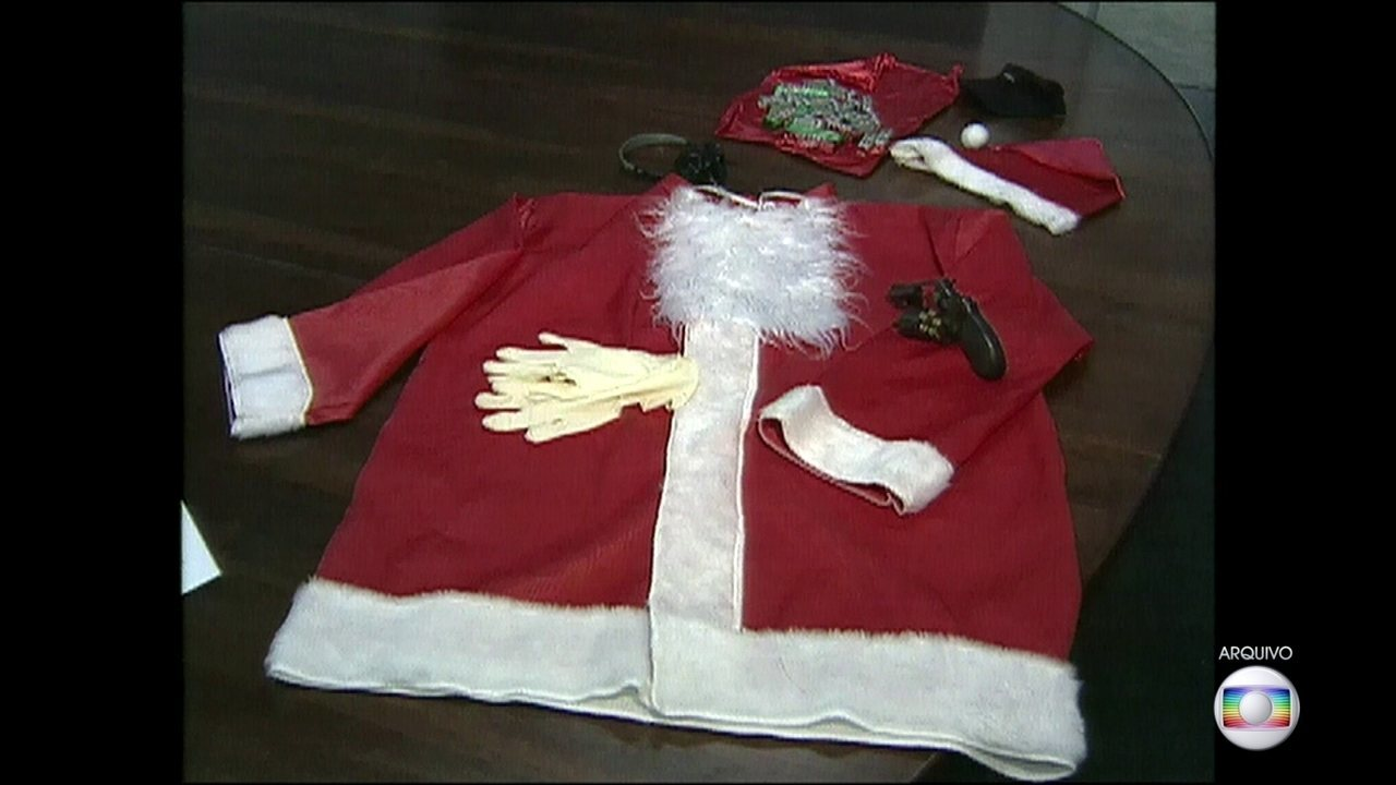 Pai acusado de mandar matar a filha no 'crime do Papai Noel' vai a júri