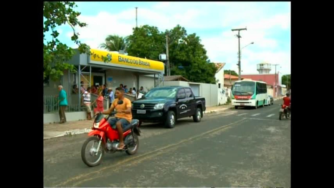 Fechamento do único banco em Castelo do Piauí traz prejuízos para população