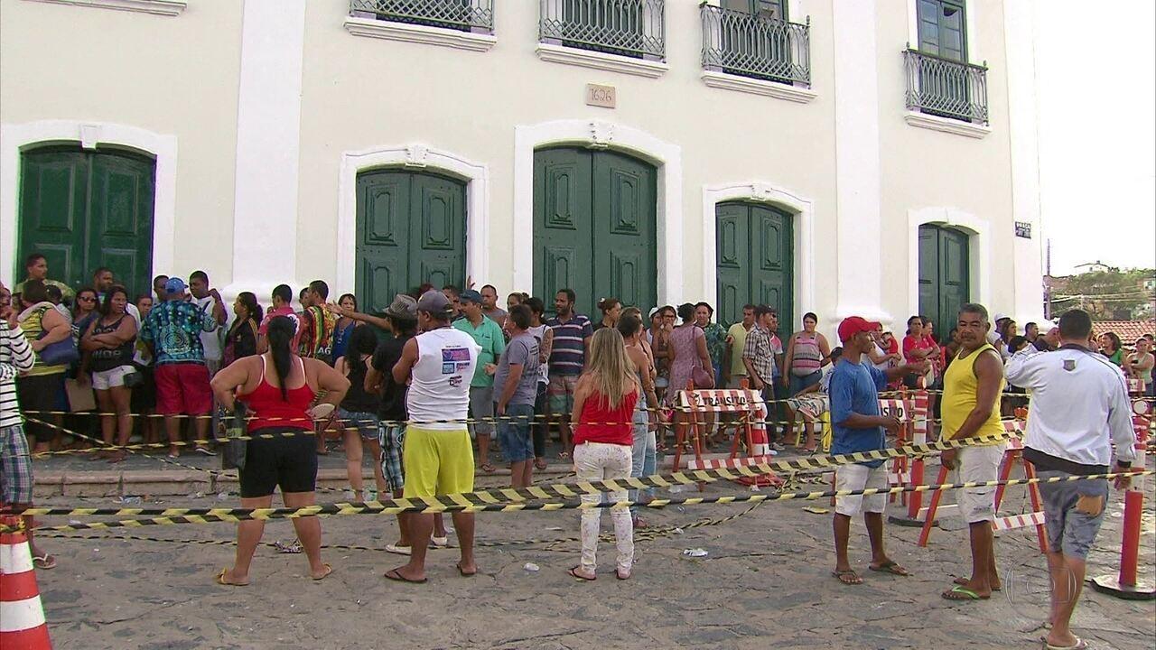 Taxa 80% mais cara para vender lanches e bebidas no carnaval em Olinda revolta ambulantes