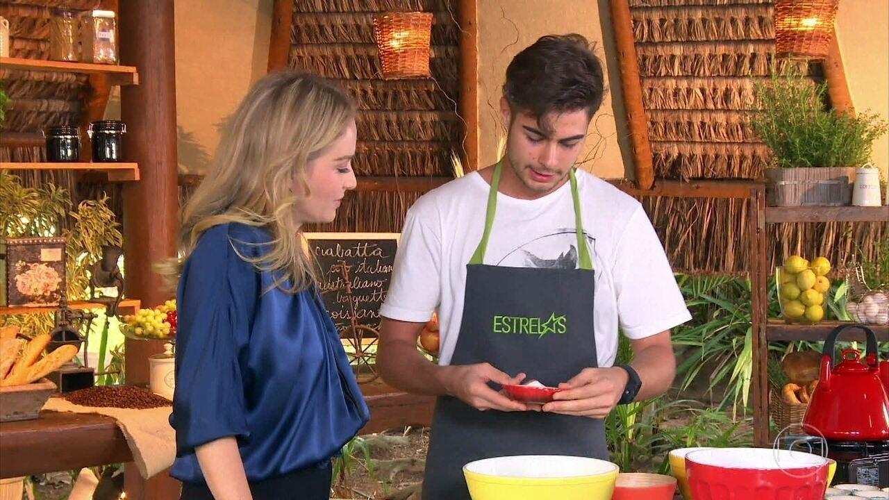 Rafa Vitti ensina receita de família