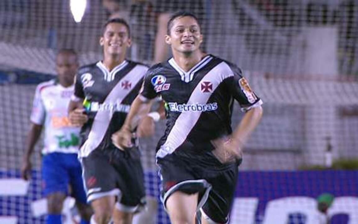 Relembre os gols de Anderson Martins com a camisa do Vasco