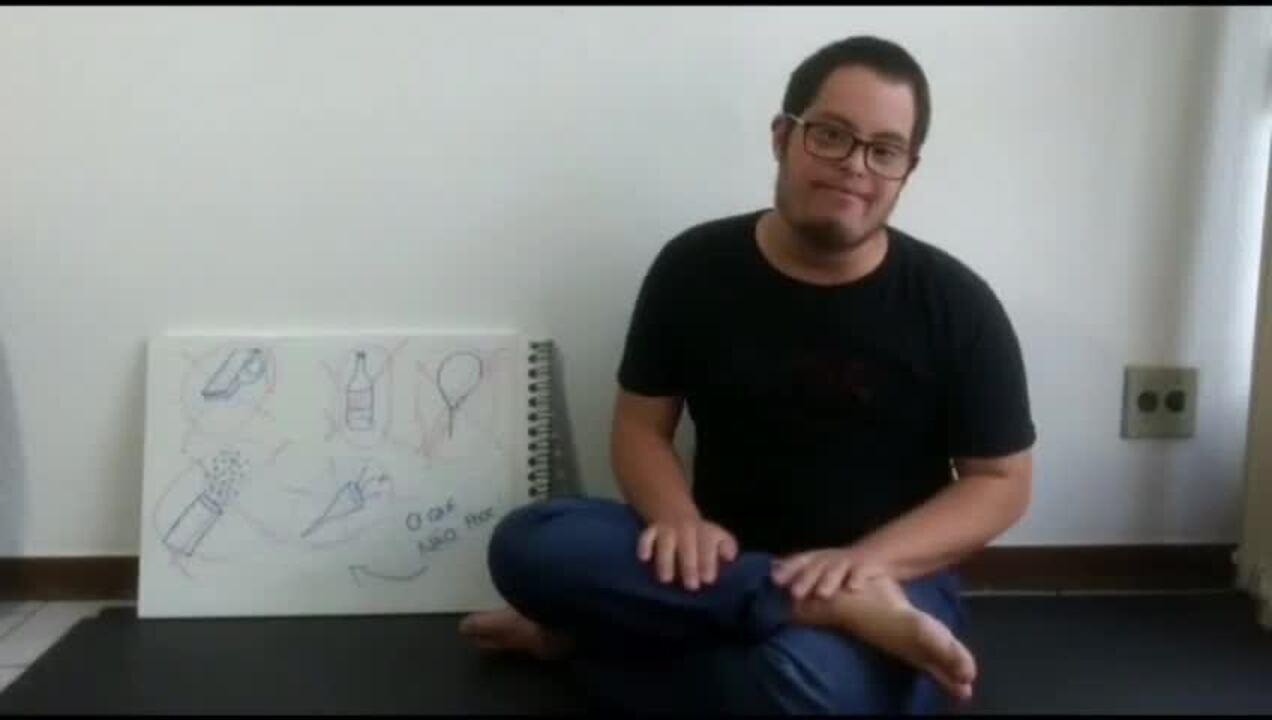 Daniel Bertoni, de 18 anos, explica como vai funcionar o Bloquinho Bom Para Todos neste sábado (18) em Brasília