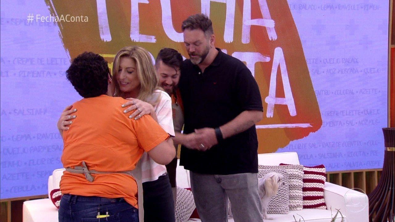 Jimmy e Tatiana Bassi conhecem os participantes do 'Fecha a Conta'