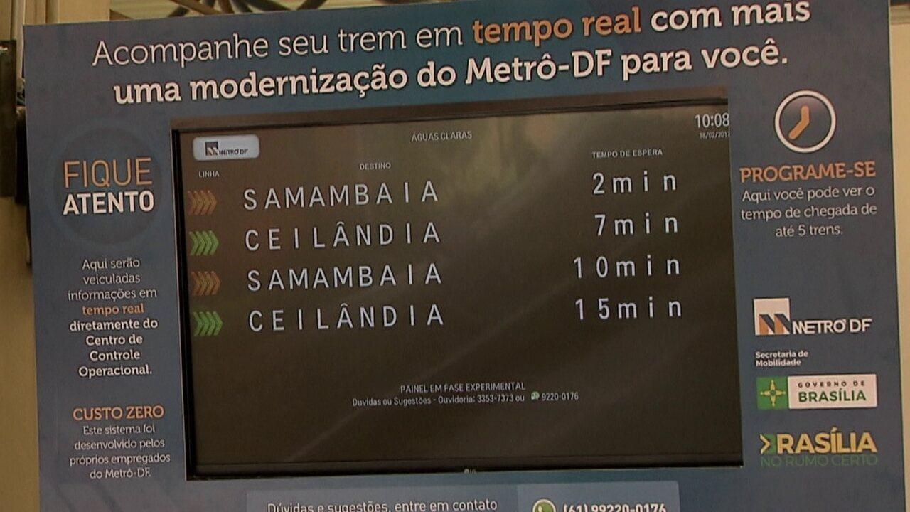 Passageiros agora podem saber quando chega o trem do metrô em várias estações do DF
