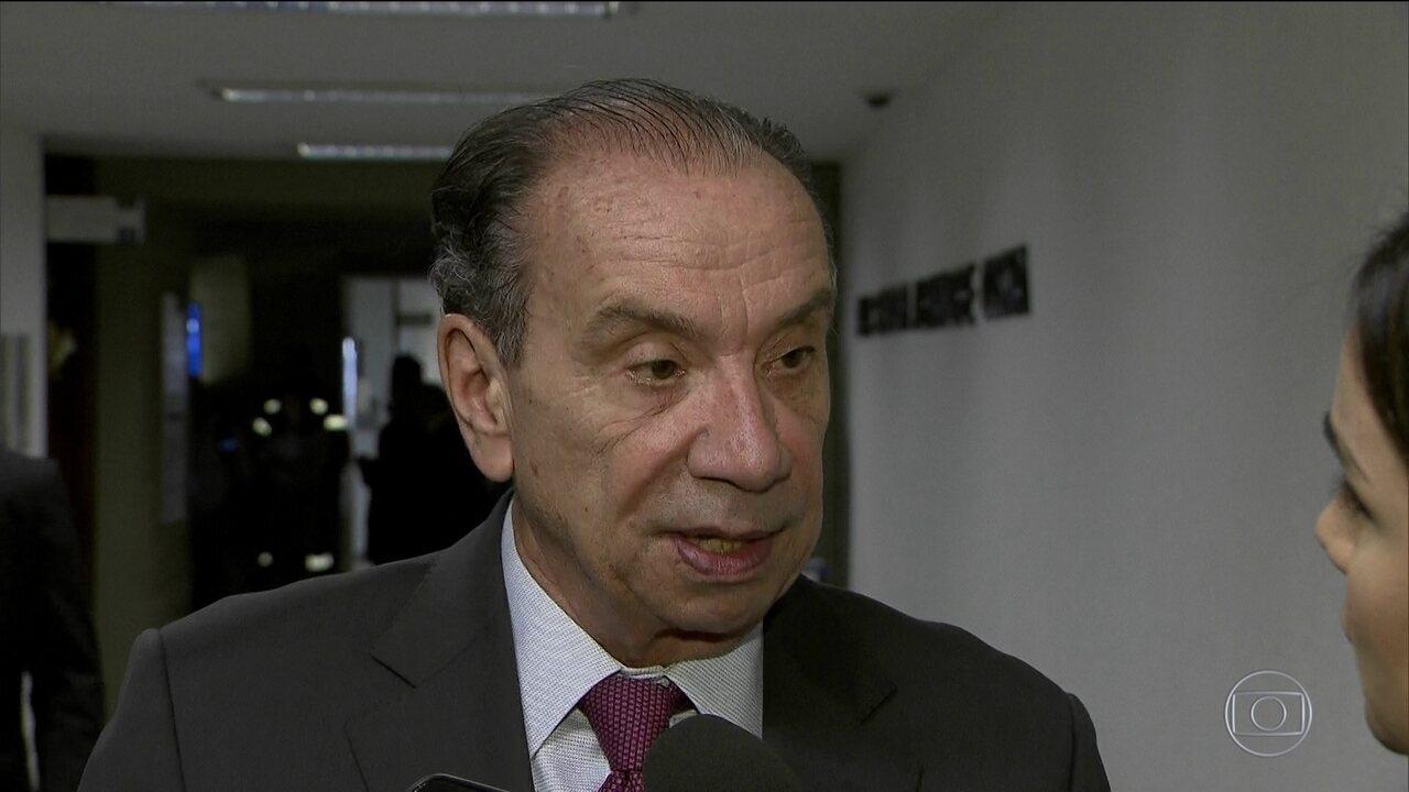 Aloysio Nunes Ferreira substitui Serra no Ministério das Relações Exteriores