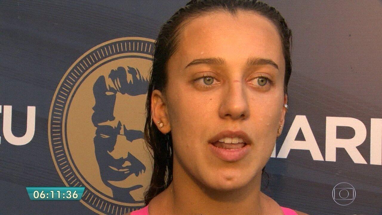 Após acidente, nadadora Larissa Oliveira deve demorar 60 dias para voltar a treinar