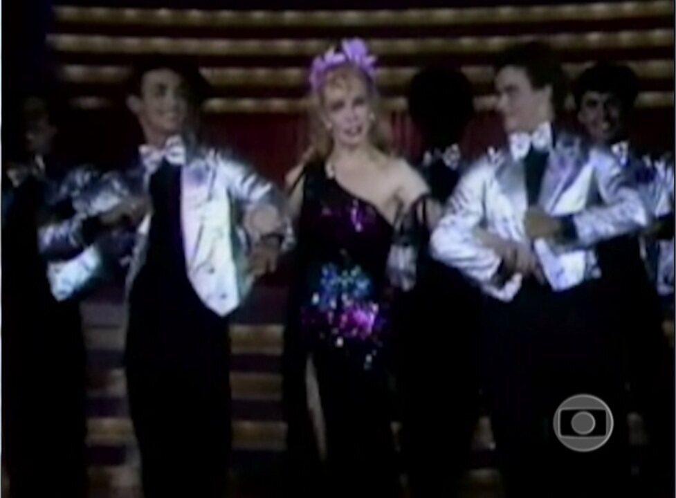 'Estúdio A...Gildo'!: Rogéria estrelou um número musical no programa