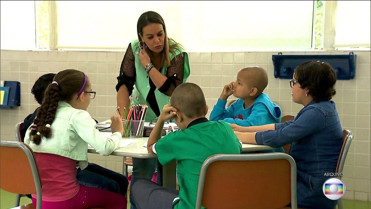 Crianças em tratamento em hospitais estão sem aulas há dois meses