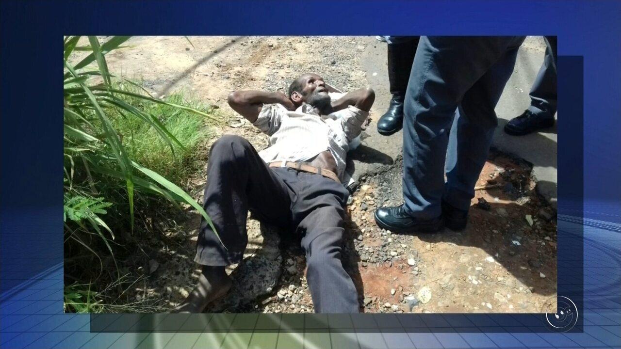 Suspeito de ter matado e acorrentado mulher à cama confessa o crime, diz polícia