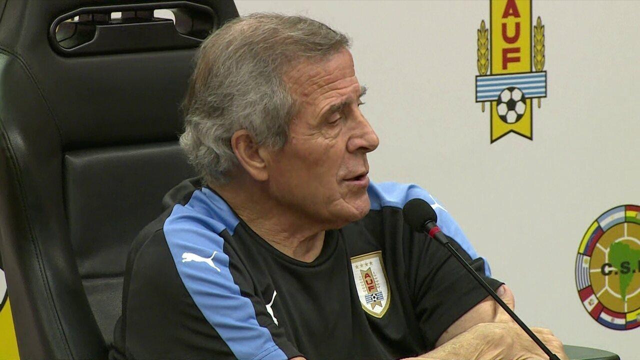 Óscar Tabárez fala sobre os desfalques do Uruguai para o duelo contra o Brasil