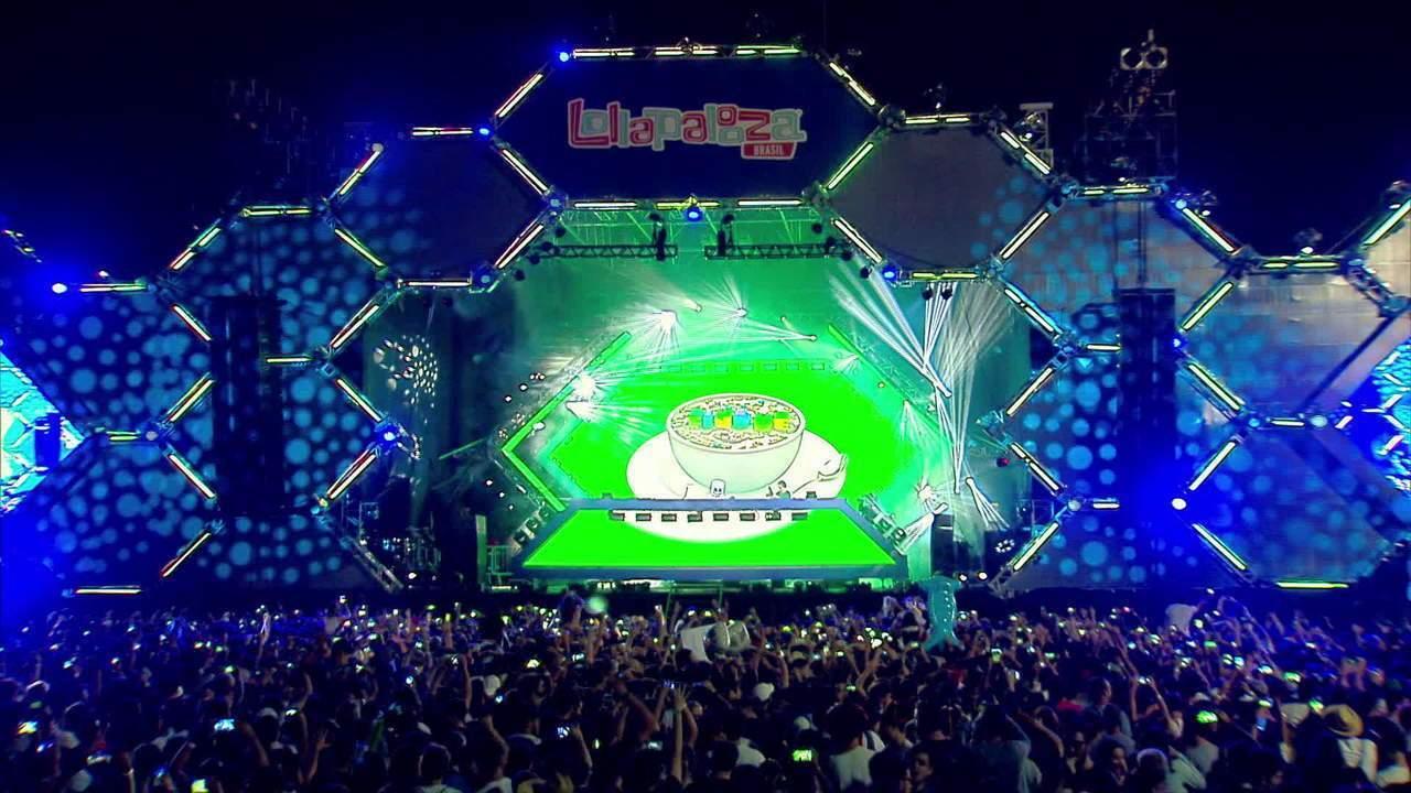 "Confira a música ""Know me"" do DJ Marshmello no Lollapalooza 2017"