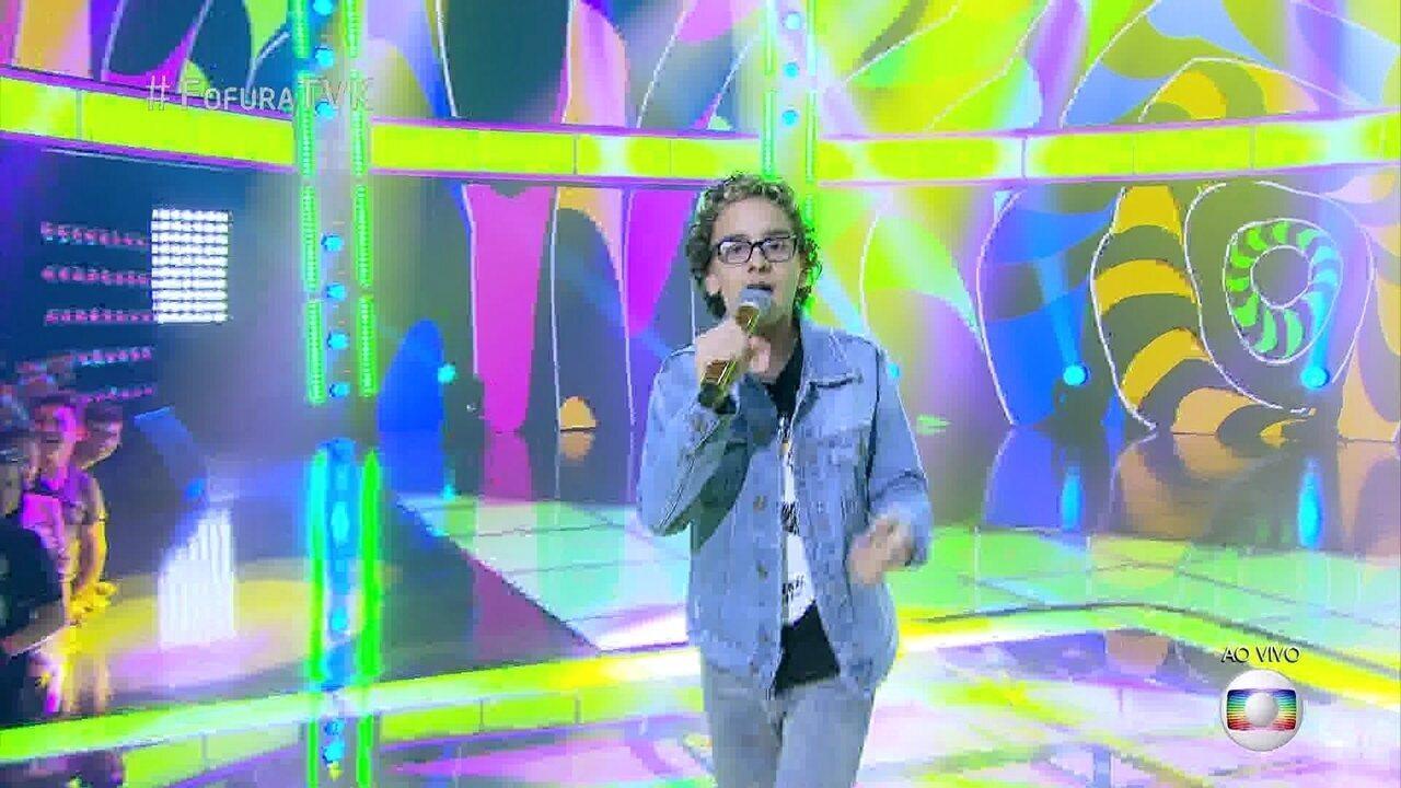 Brunno Pastori canta 'Dê um rolê'