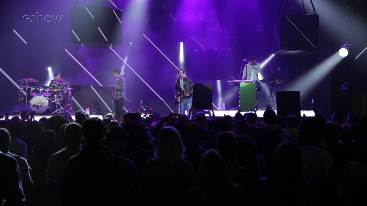 Confira os bastidores da turnê da Quatro Ponto Quatro