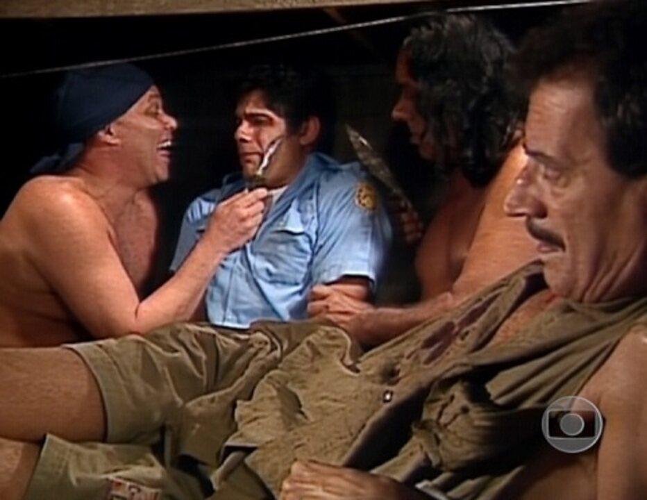 Larissa Queiroz no 'Você Decide', no episódio 'O Motim', exibido em 1995