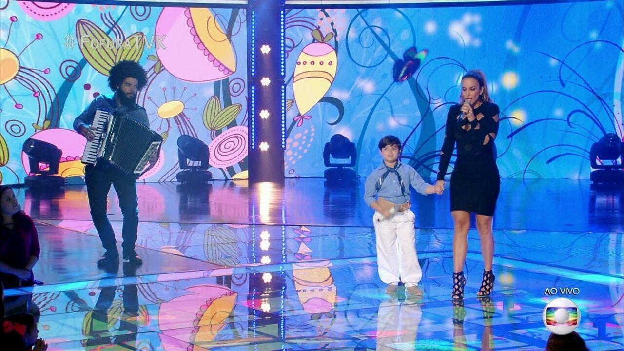 Ivete canta com Thomas Machado