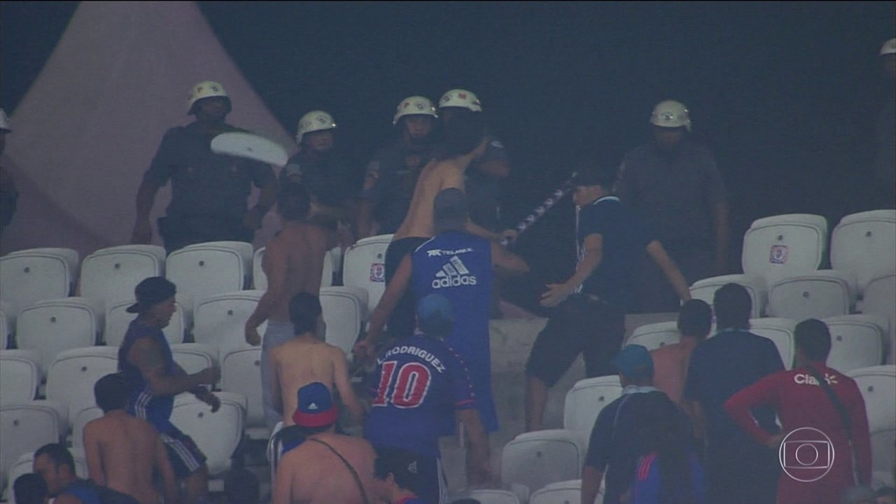 Estádio do Corinthians passa por vistoria após quebra-quebra