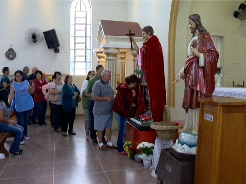 Festividades são realizadas em comemoração ao dia de Santo Expedito