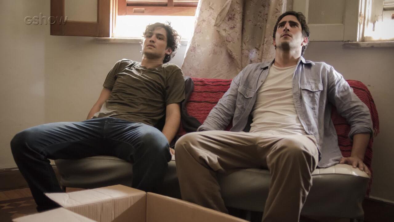 Resumo de 28/4: Renato e Gustavo são descobertos no esconderijo