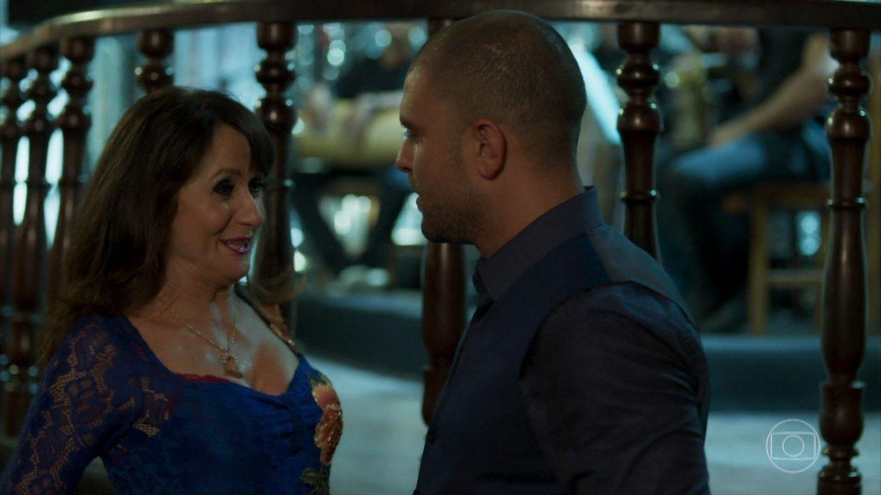Edinalva diz a Diogo Nogueira que ele é a cara do pai de Ritinha
