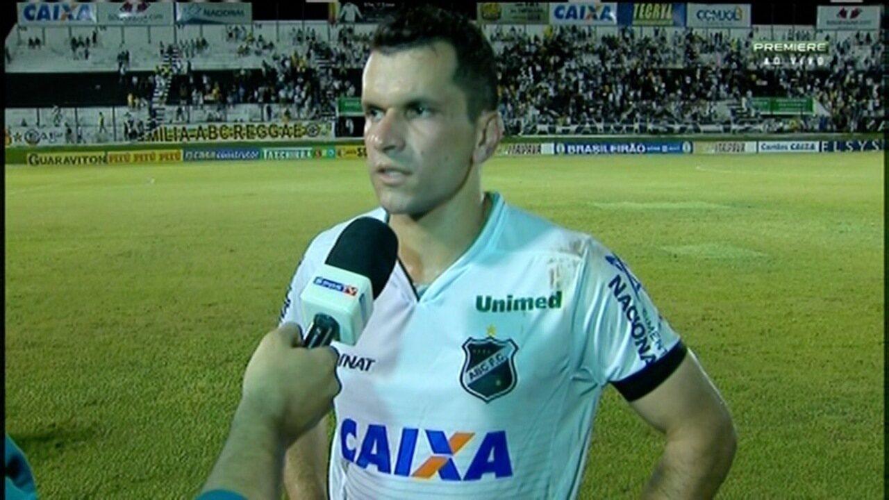 Eltinho, lateral-esquerdo do ABC, lamenta empate em casa com Paraná na estreia da Série B