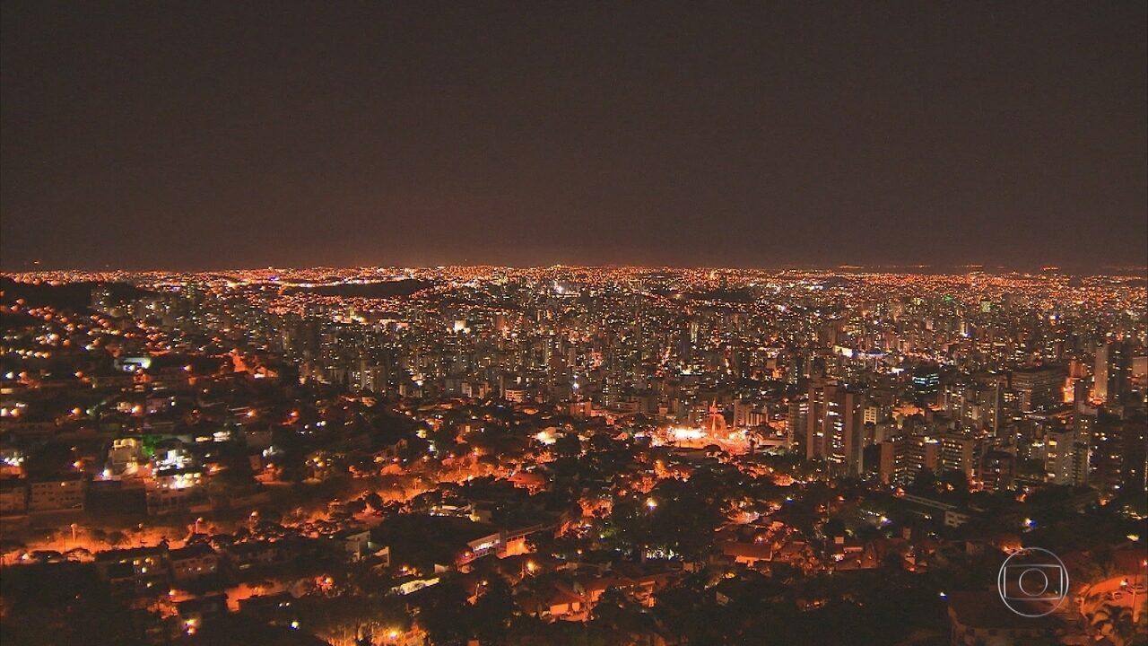Prefeito Alexandre Kalil anuncia medidas para melhorar iluminação pública em BH