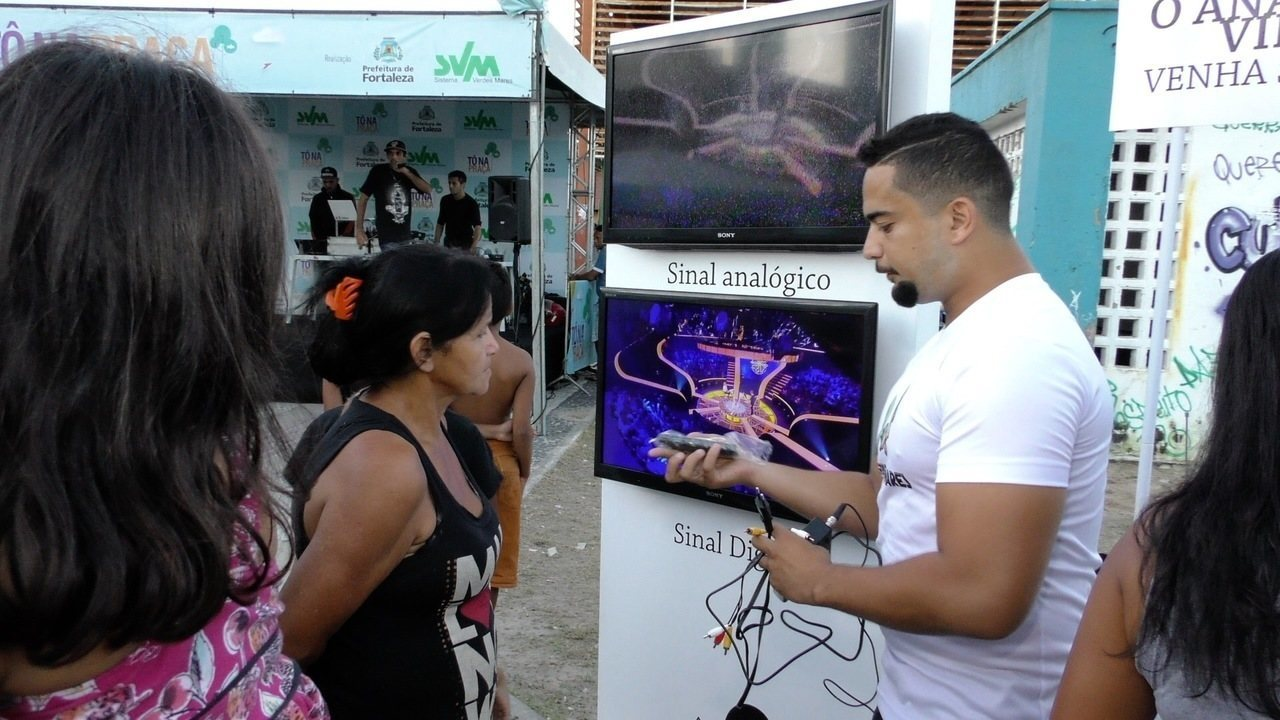 Tô na Praça promove ações de divulgação do sinal Digital