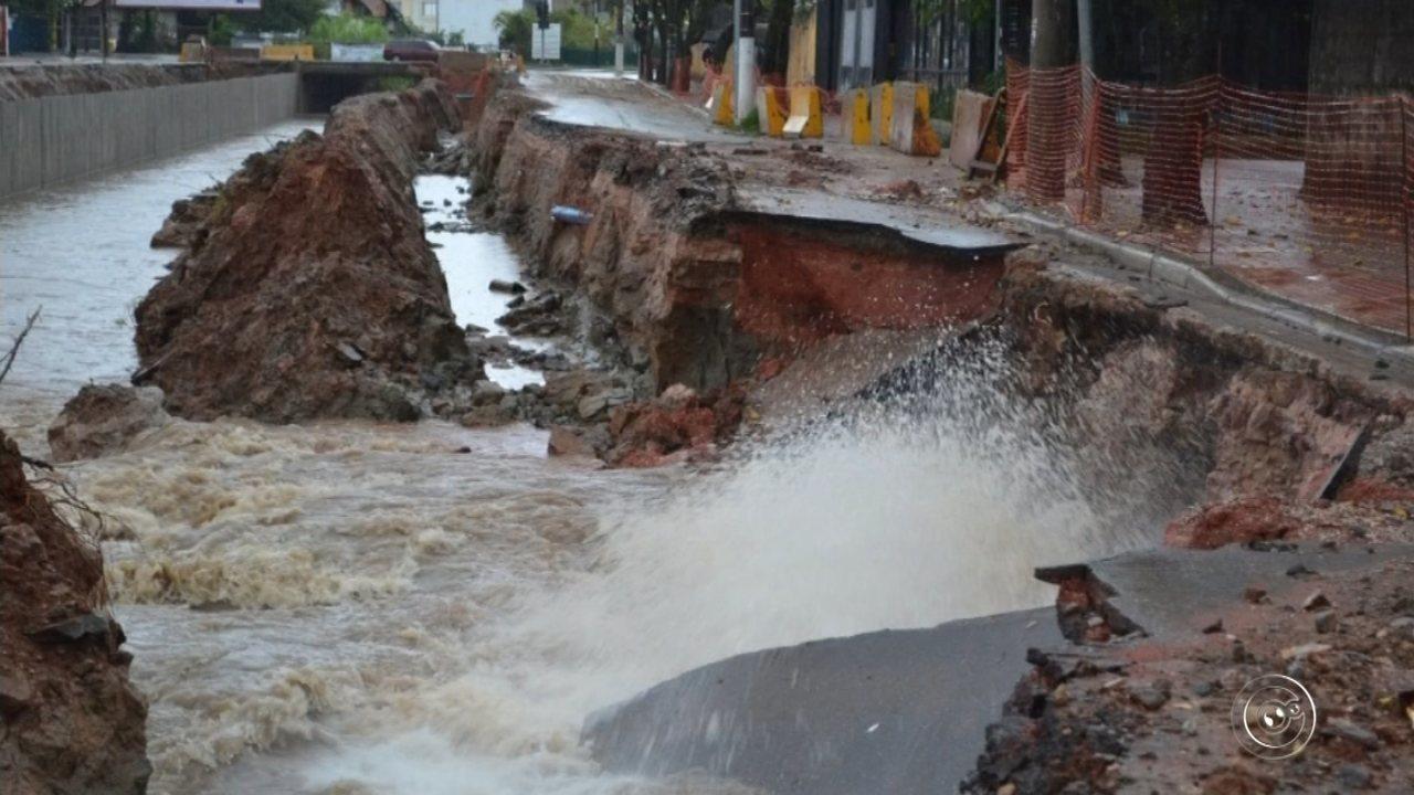 Chuva rompe adutora e prejudica abastecimento em bairros de São Roque