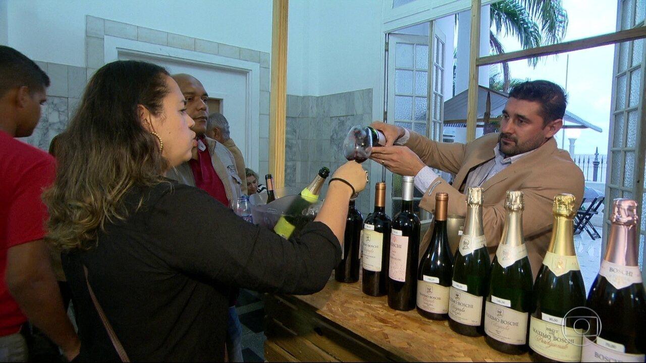 Festival de vinhos brasileiros acontece de sexta até domingo, na Praça Mauá