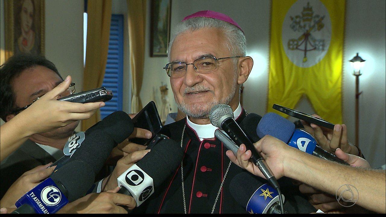 Arcebispo nomeado chega em João Pessoa para posse neste sábado
