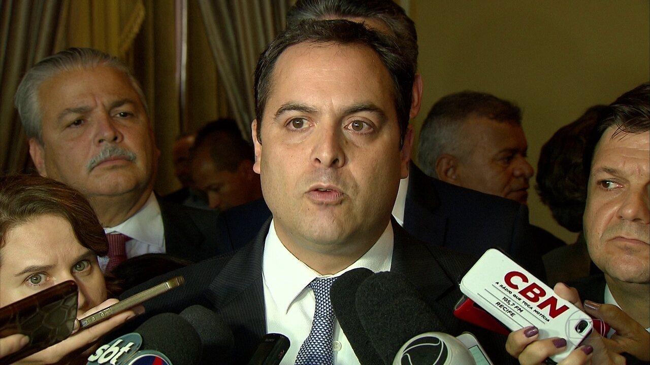 Paulo Câmara e Geraldo Julio comentam denúncia de pagamento de propina