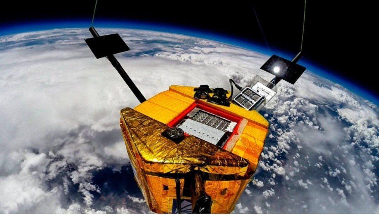 Alunos de Fortaleza desenvolvem sondas que vão fornecer dados à 1ª missão lunar brasileira