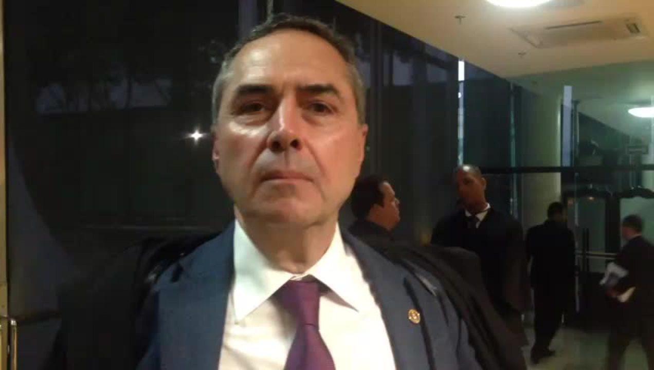 Ministro Luís Roberto Barroso vota por limitação do foro privilegiado