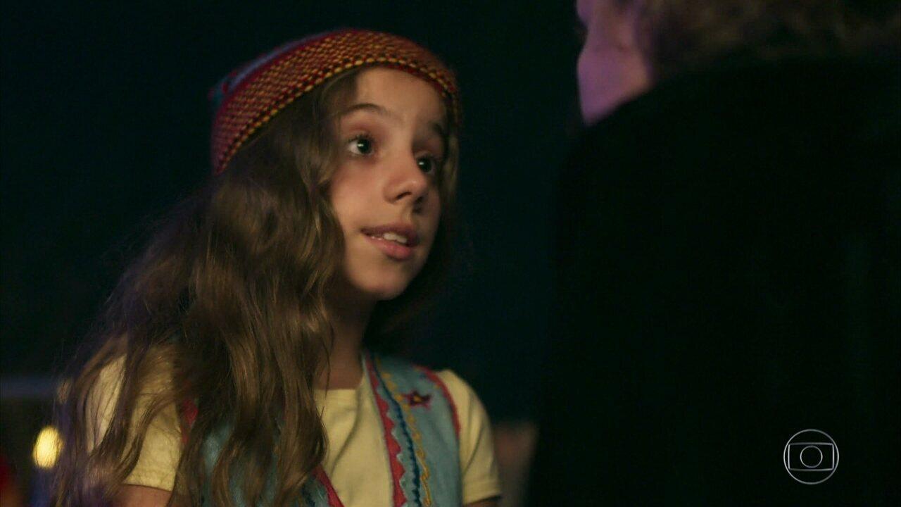 Drica diz a Tereza que pode substituir Márcio na peça