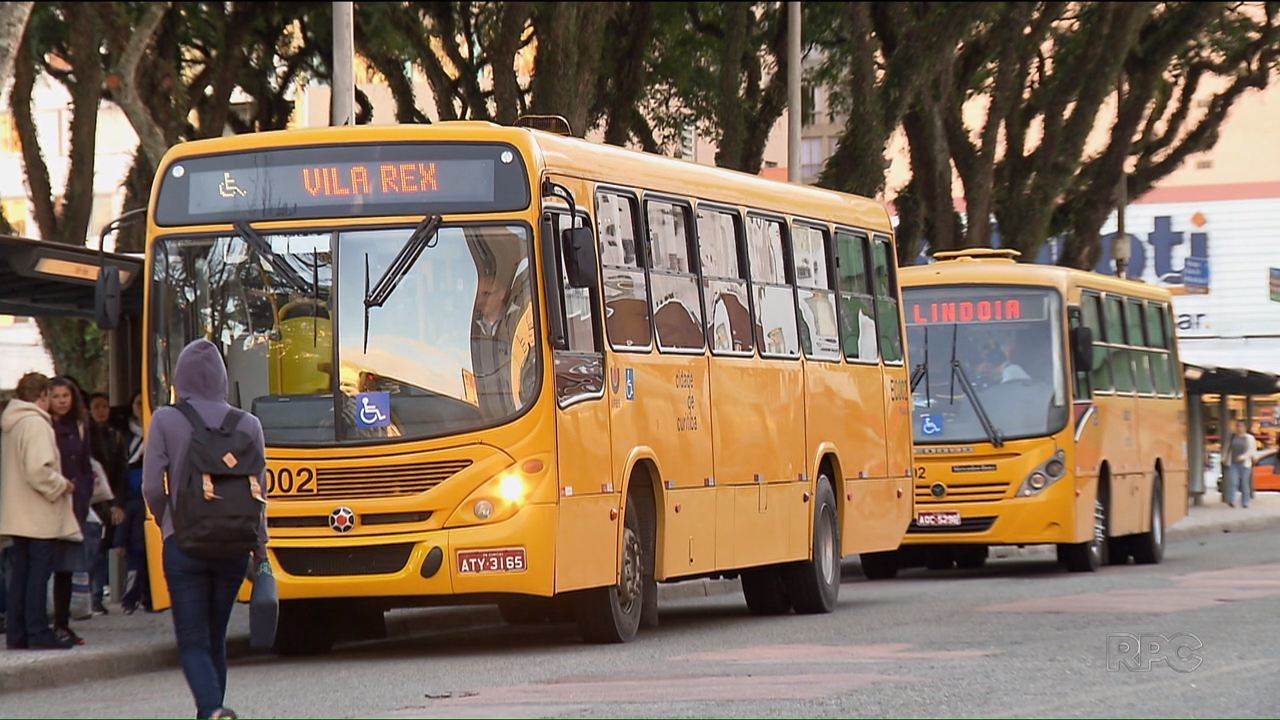 Cai o número de passageiros nos ônibus de Curitiba