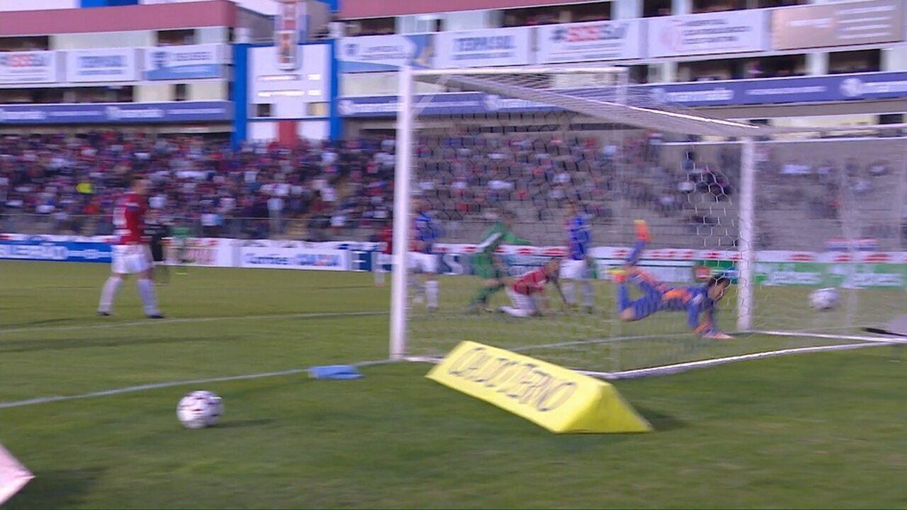 Assista ao gol de Samudio contra o Paraná