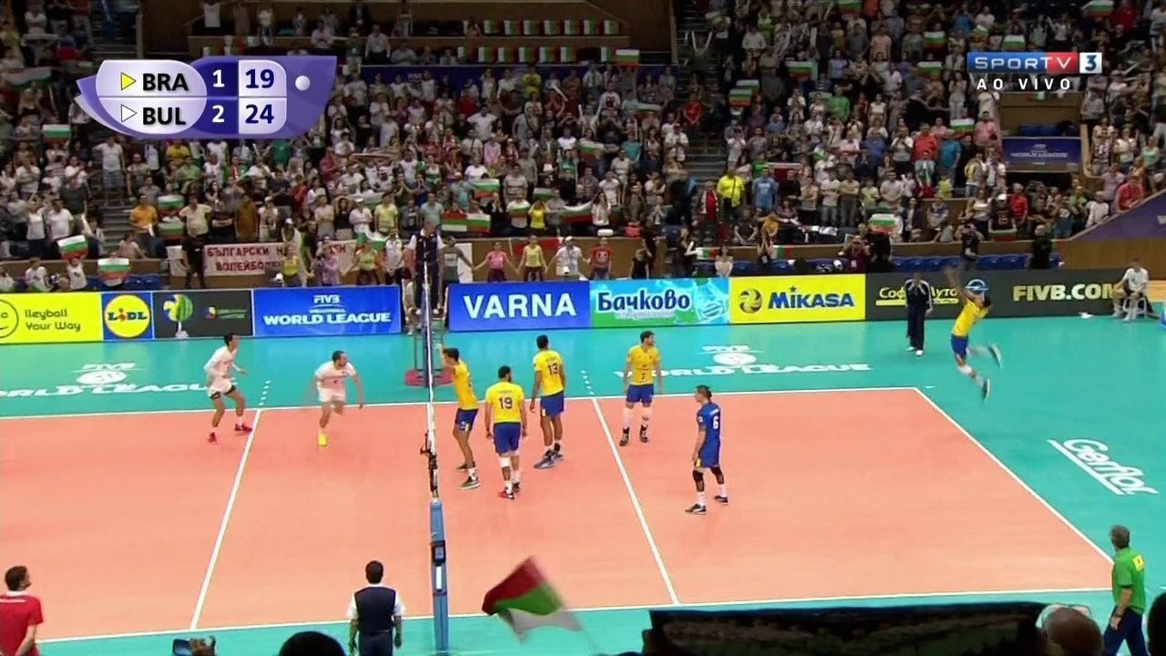 Os melhores momentos de Bulgária 3 sets a 1 contra o Brasil pela Liga Mundial de vôlei
