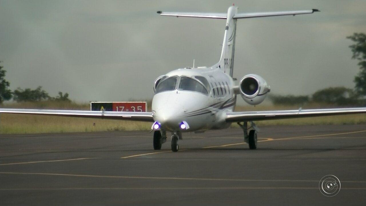 Projeto de fazer aeroporto de Bauru em centro de transporte de carga não sai do papel