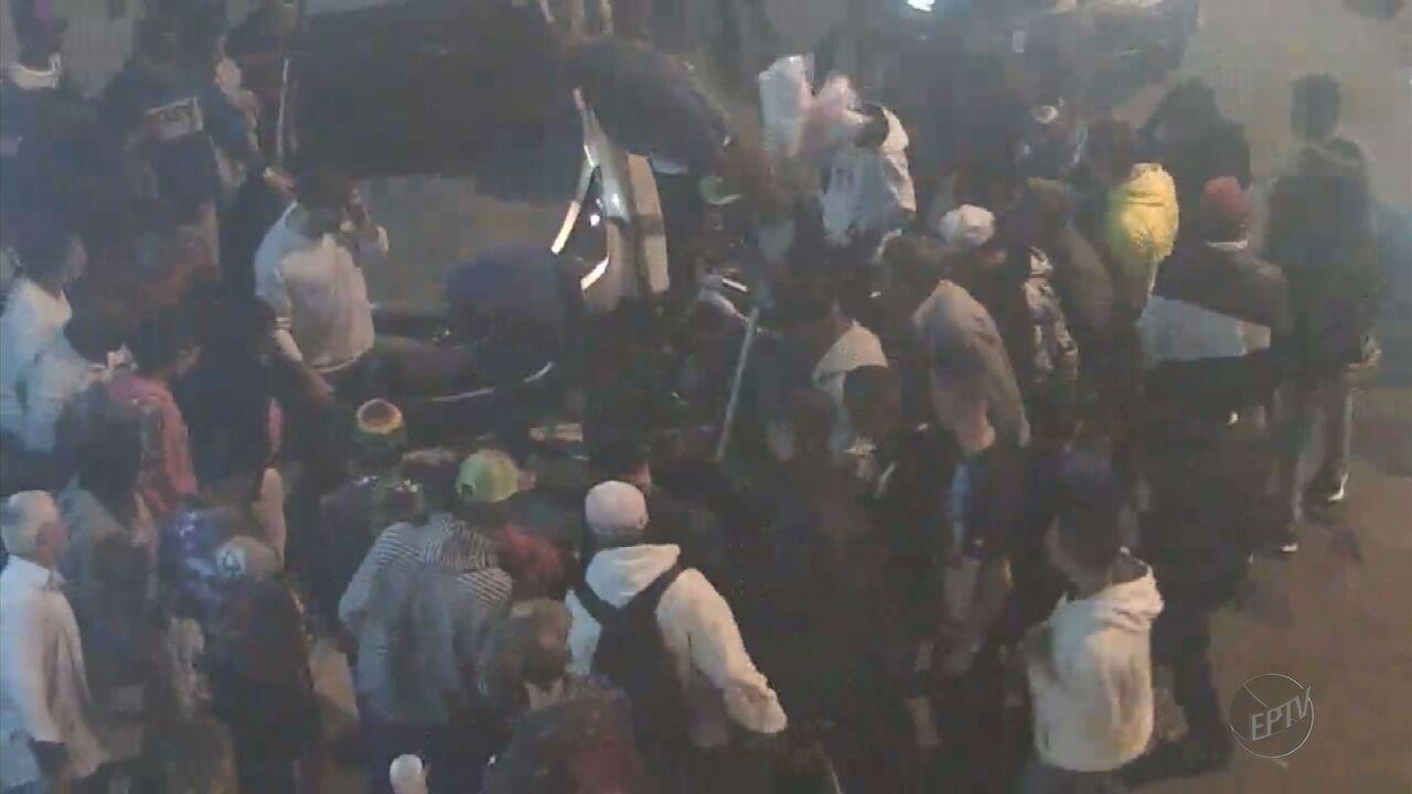 Adolescente é esfaqueado em praça no Centro de Varginha (MG)