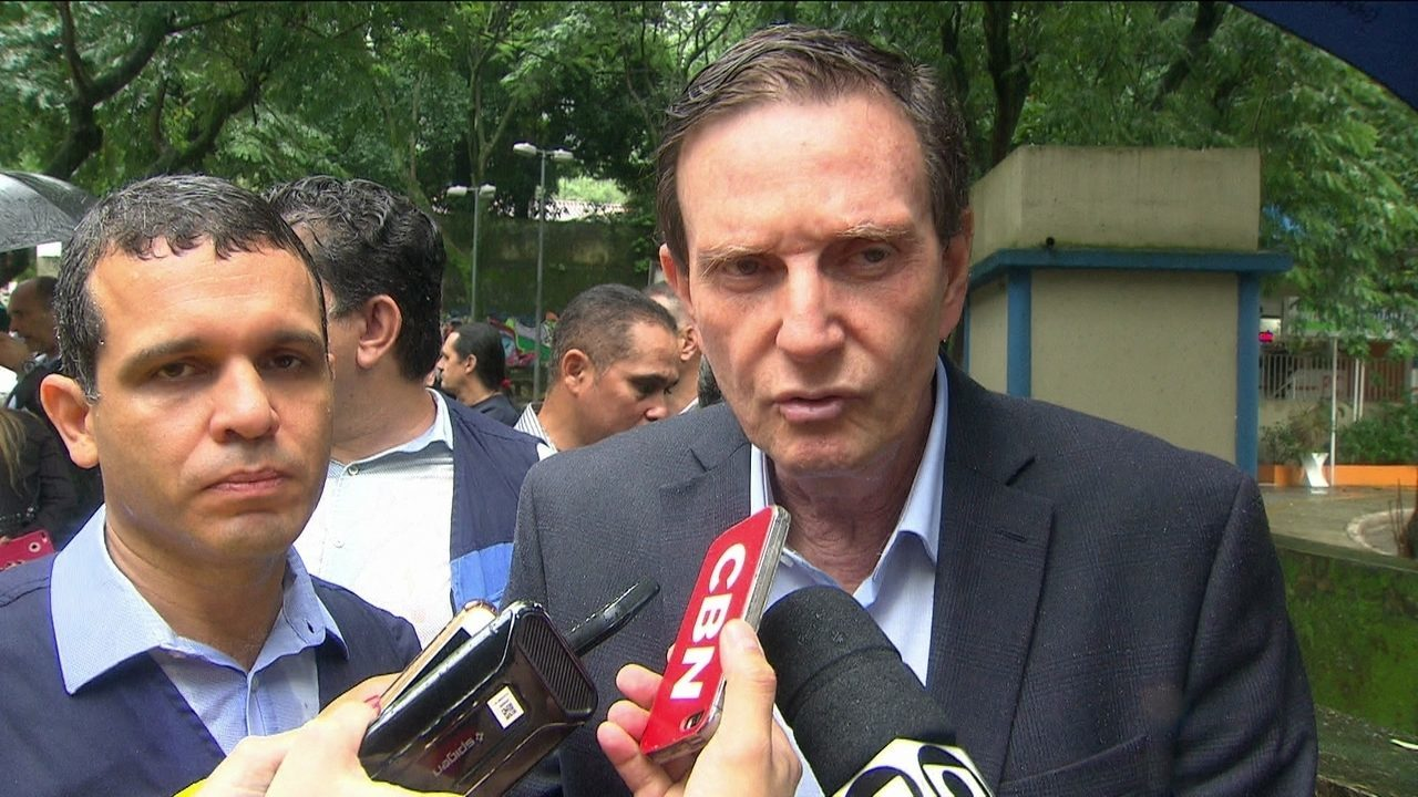 Prefeito do Rio diz que crise financeira agravou situação da conservação da cidade