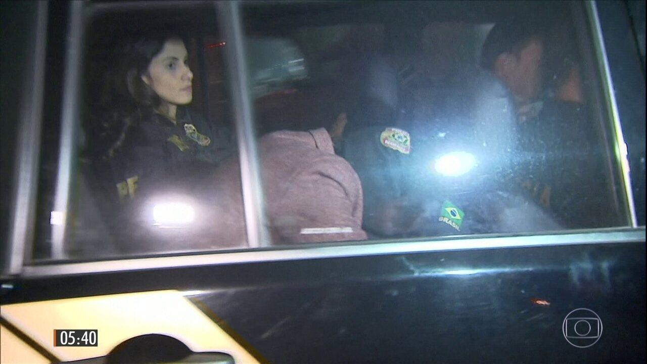 Irmã de Aécio Neves é liberada de penitenciária para cumprir prisão domiciliar em MG