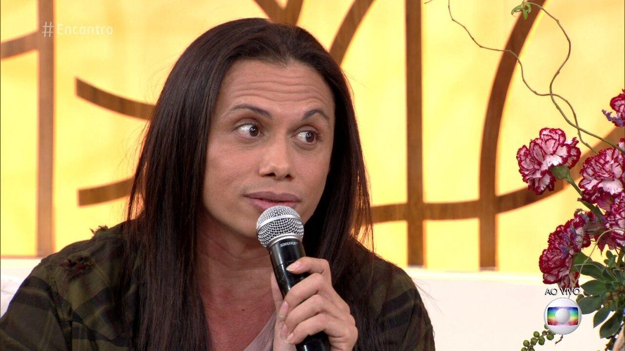 Silvero Pereira fala sobre o preconceito contra os transgêneros