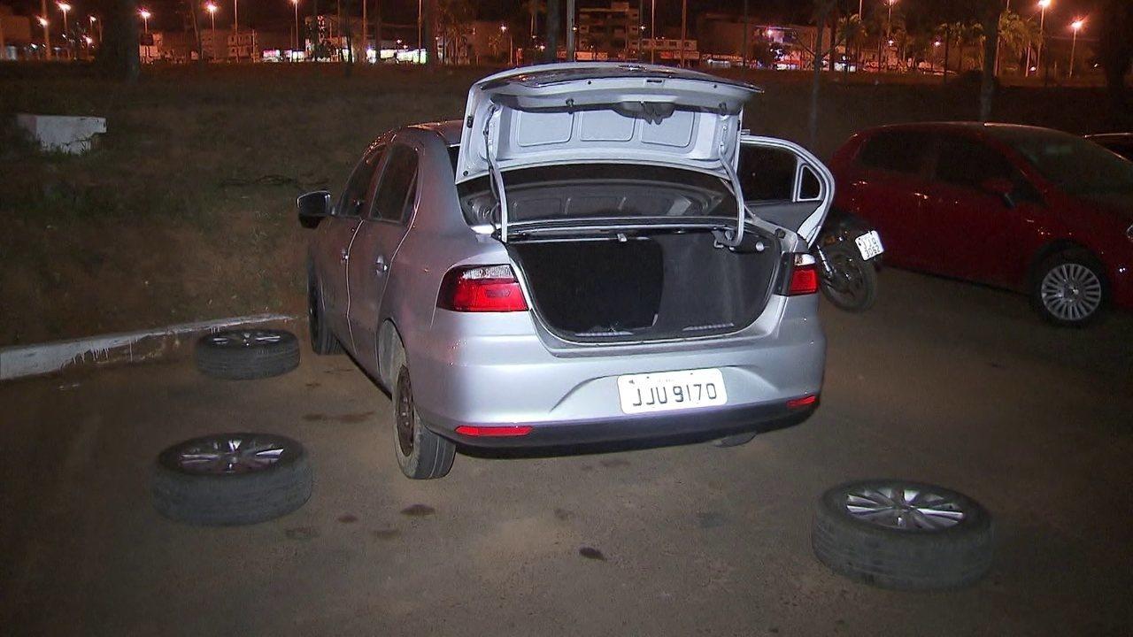 Carro de professora foi recuperado 8 horas depois do crime; veja vídeo
