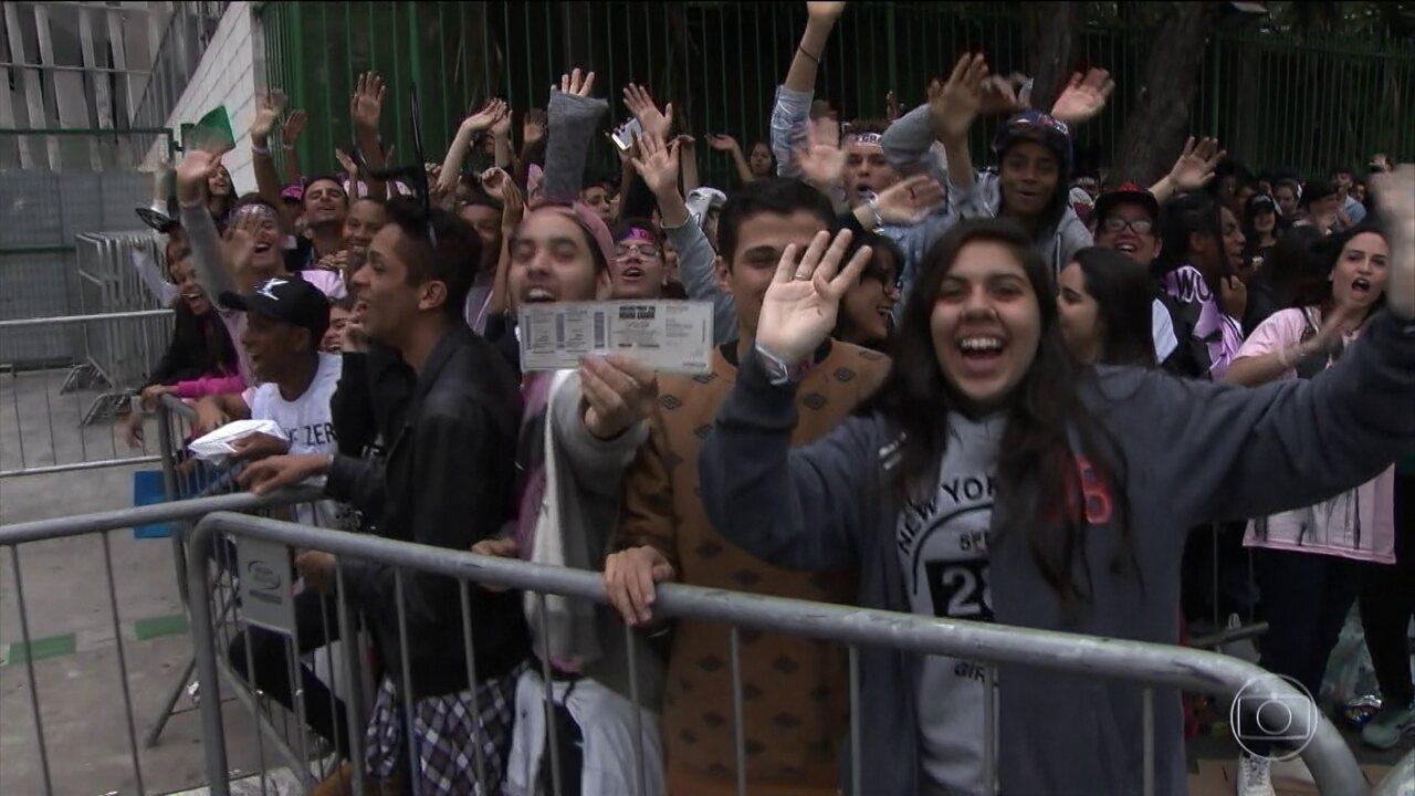 Aumenta a expectativa de fãs para o show de Ariana Grande em SP