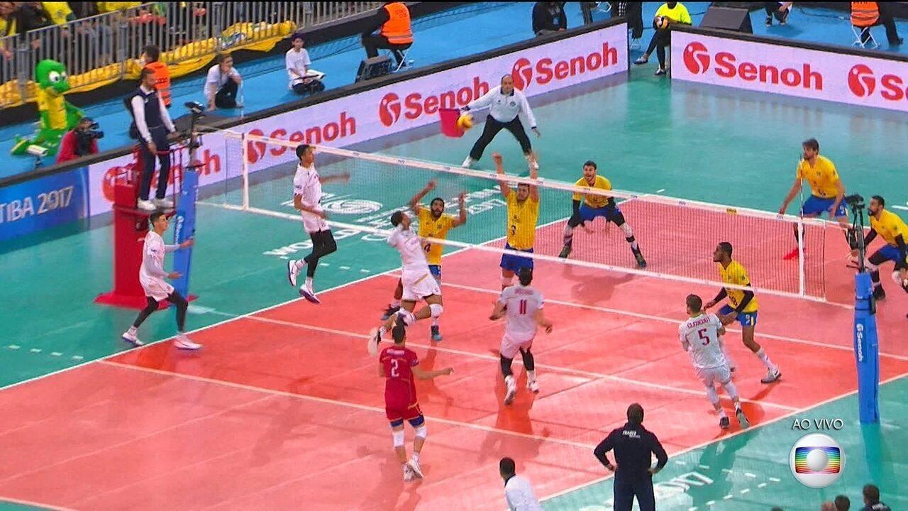 Melhores momentos de Brasil 2 x 3 França pela final da Liga Mundial de Vôlei 031ac074fb812